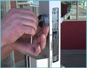 Riverdale MI Locksmith Store Riverdale, MI 313-423-3913